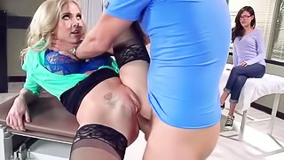 Incredible blonde is getting penetrated