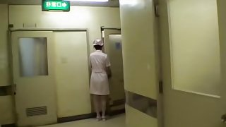 Sweet Jap nurse gets some oral fun in Japanese sex video