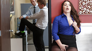 Lola Foxx & Danny D in Chief Executive Whore - Brazzers